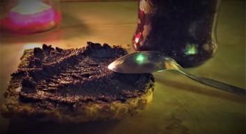 homemade-nutella-sugar-free-hazelnut-spread